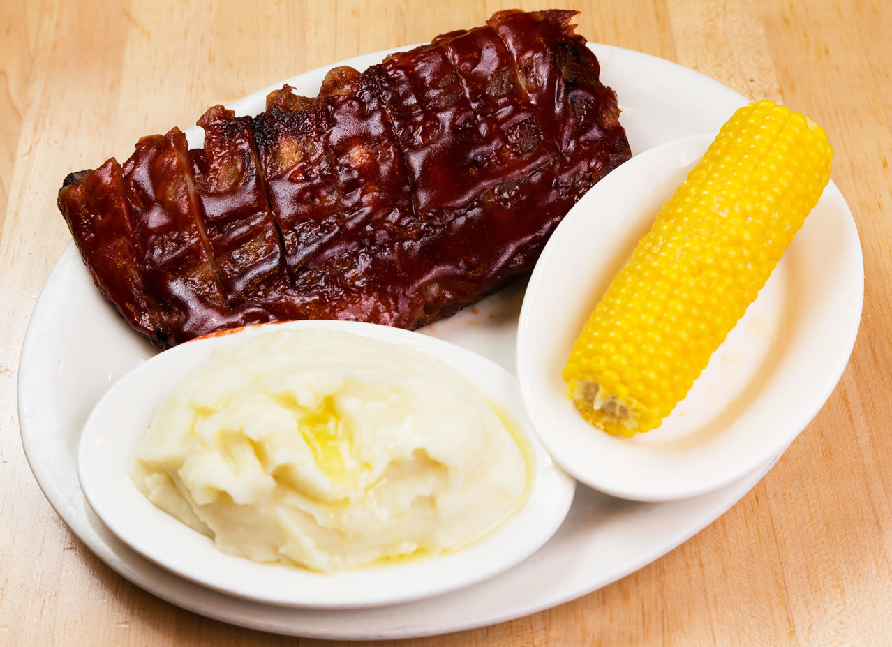 Slow Cooked Barbecue Ribs with Mashed Potatoes & Corn on the Cob