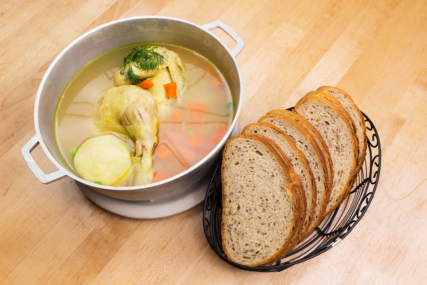 Chicken In The Pot with Rye Bread